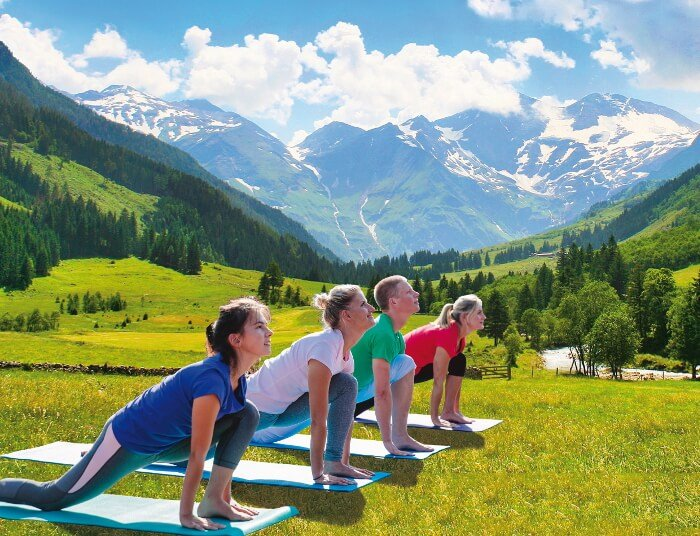 Yoga teaching course in the Alps